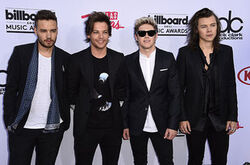 One-direction-bbmas-red-carpet-2015-billboard-650