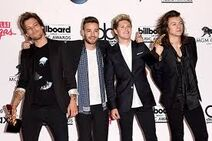 OneDirectionBillboard2015.2