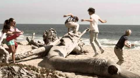 One Direction - What Makes You Beautiful-0