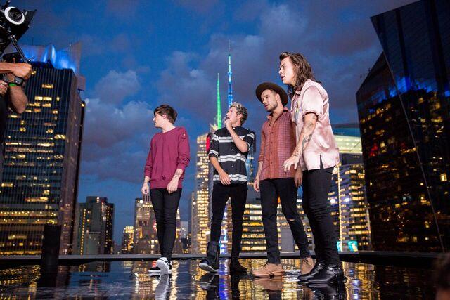 File:Perfect Music Video 1d September 2015.jpeg