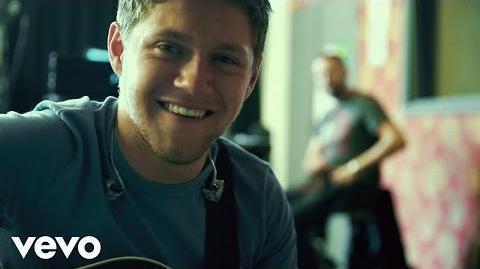 Niall Horan - Slow Hands (Lyric Video)