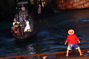 Misutta and Bonbon Confront the Straw Hat Pirates