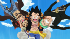 Luffy agarra a Law y Zoro