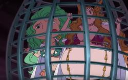 Sandersonia e Marigold in gabbia