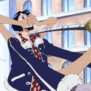Tashigi viene immobilizzata con quattro braccia