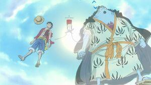 Transfusión de sangre de Jinbe a Luffy