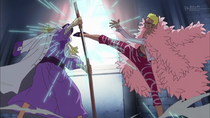 Doflamingo attacks Fujitora