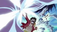Luffy Attacks Caesar-1-