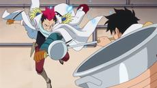 Grount lucha con Luffy en la cafetería