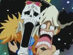 Usopp et Brook effrayés par une baleine (Anime)
