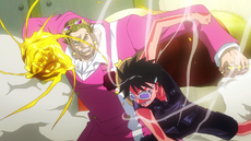 Luffy enfrenta a Tesoro