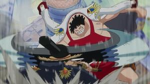 Sentomaru derrota al falso Luffy