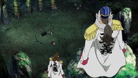 Komei prende os Chapéus de Palha