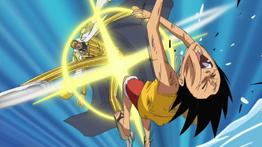 Borsalino patea a Luffy