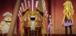 Brook suona organo