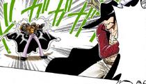 Дон Криг пытается выстрелить в Михока