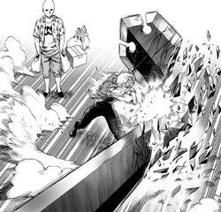 Genos smashes G4's sword