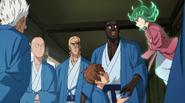 Child Emperor questions Tatsumaki