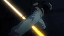 Garou's leg is pierced by Golden Ball's bullet