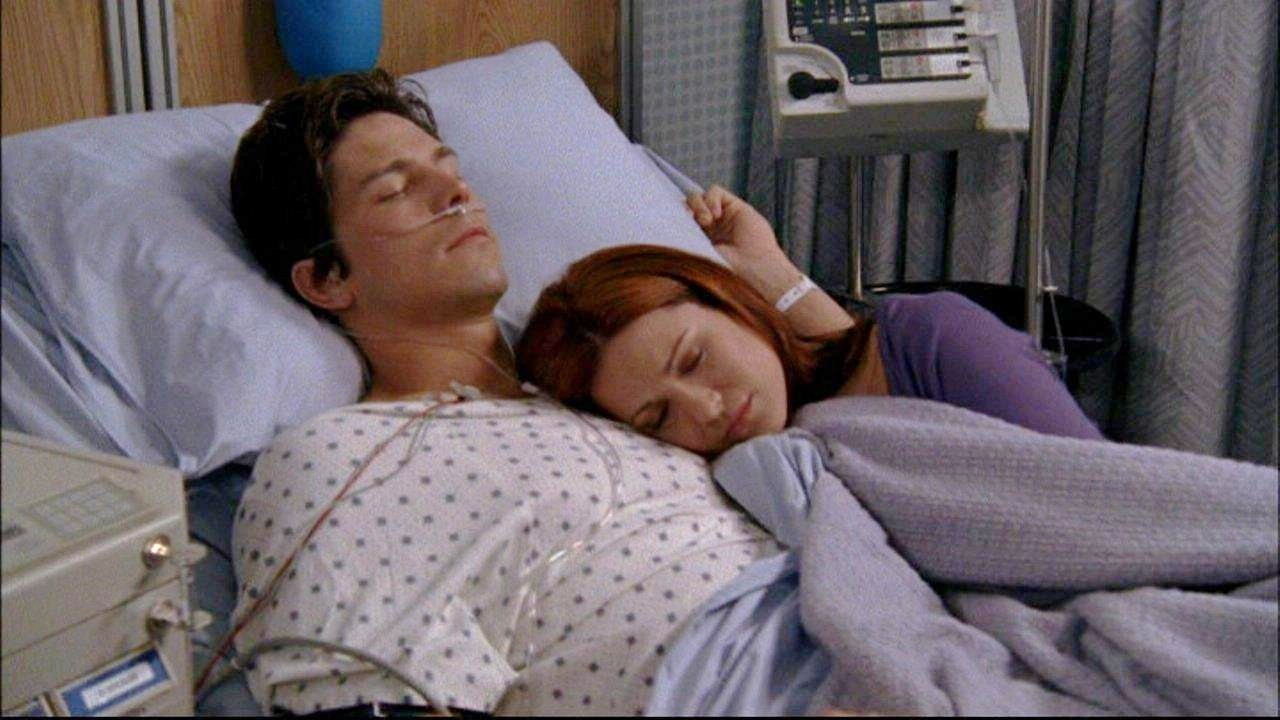 Naley Get Drunk At Beach House