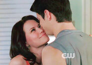 Naley-3-one-tree-hill-6930628-350-250