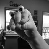 Oobi Eyes Hand Puppet - Noir Photo