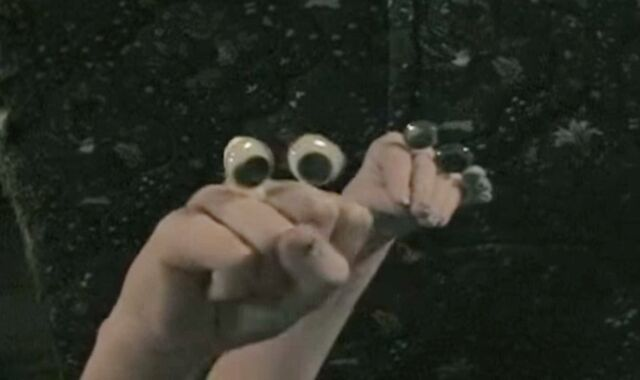 File:An Oobi Vacation The FAMILY Vacation.jpg