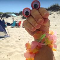 Oobi Hand Puppet Twitter Profile