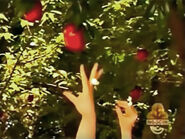 Oobi Shorts - Apple Picking! Scene 3