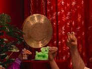 Oobi-Chopsticks-jade-sculpture