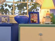Oobi-Grampu-Day-bedroom-pan