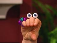 Oobi-Dinosaur-Uma-gasps