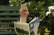 Oobi-Noggin-photo-Grampu-reading-wide