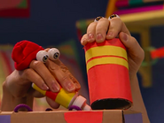 Oobi-Uma-Trip-making-the-train