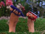 Oobi-Frieda-Friend-shoes