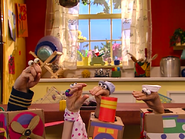 Oobi-Uma-Trip-cast-in-the-kitchen
