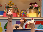 Oobi-Uma-Preschool-Paula-talking