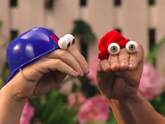 Oobi-Play-Ball-Kako-gets-an-idea