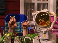Oobi-Grown-Up-astronaut
