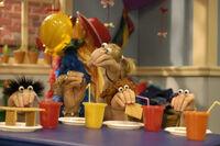 Noggin Oobi Uma Moppie Moppy Paula Taro Fred Hand Puppets Characters Nick Jr. Nickelodeon