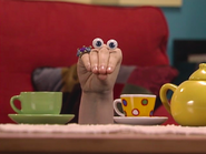 Oobi-Sleepover-Uma-with-teacups
