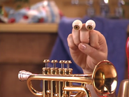 Oobi-Make-Music-Grampu-trumpet