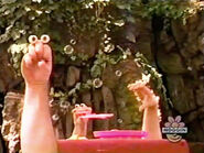 Oobi-shorts-Bubbles-Uma's-turn