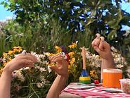 Oobi-Sign-Language-boys-confused
