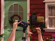 Oobi-Video-filming-a-home-movie