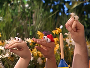 Oobi-Sign-Language-cast-watching