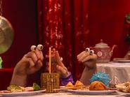 Oobi-Chopsticks-Grampu-reads-the-fortune