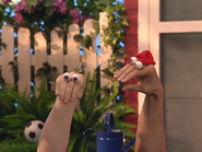 Oobi-Playdate-Oobi-apologizing