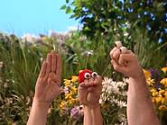 Oobi-Sign-Language-signing-hello