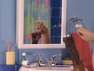 Oobi-Uma-Bathroom-mirror